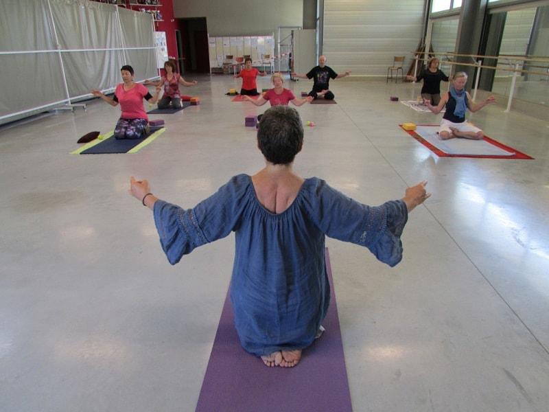 COurs de yoga dans l'entre 2 mers sauveterre et Monségur 2
